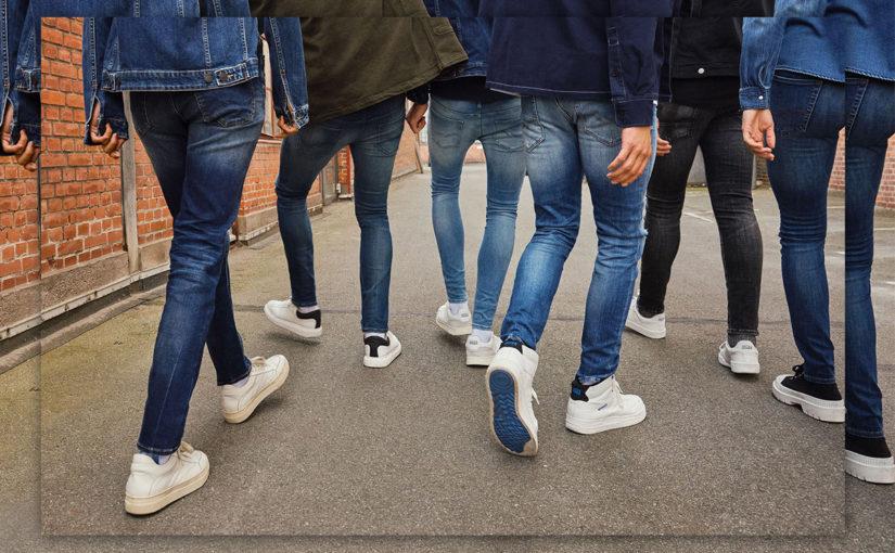 Jak najít správně padnoucí džíny ve 3 krocích?