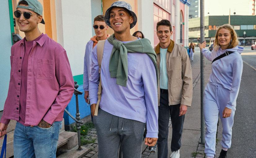 Trendy streetwearu, které dominují této sezóně